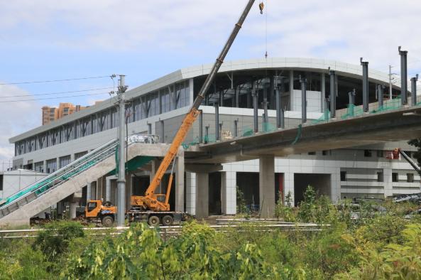 上海宝冶承建贵阳轨道交通工程完成混凝土浇筑